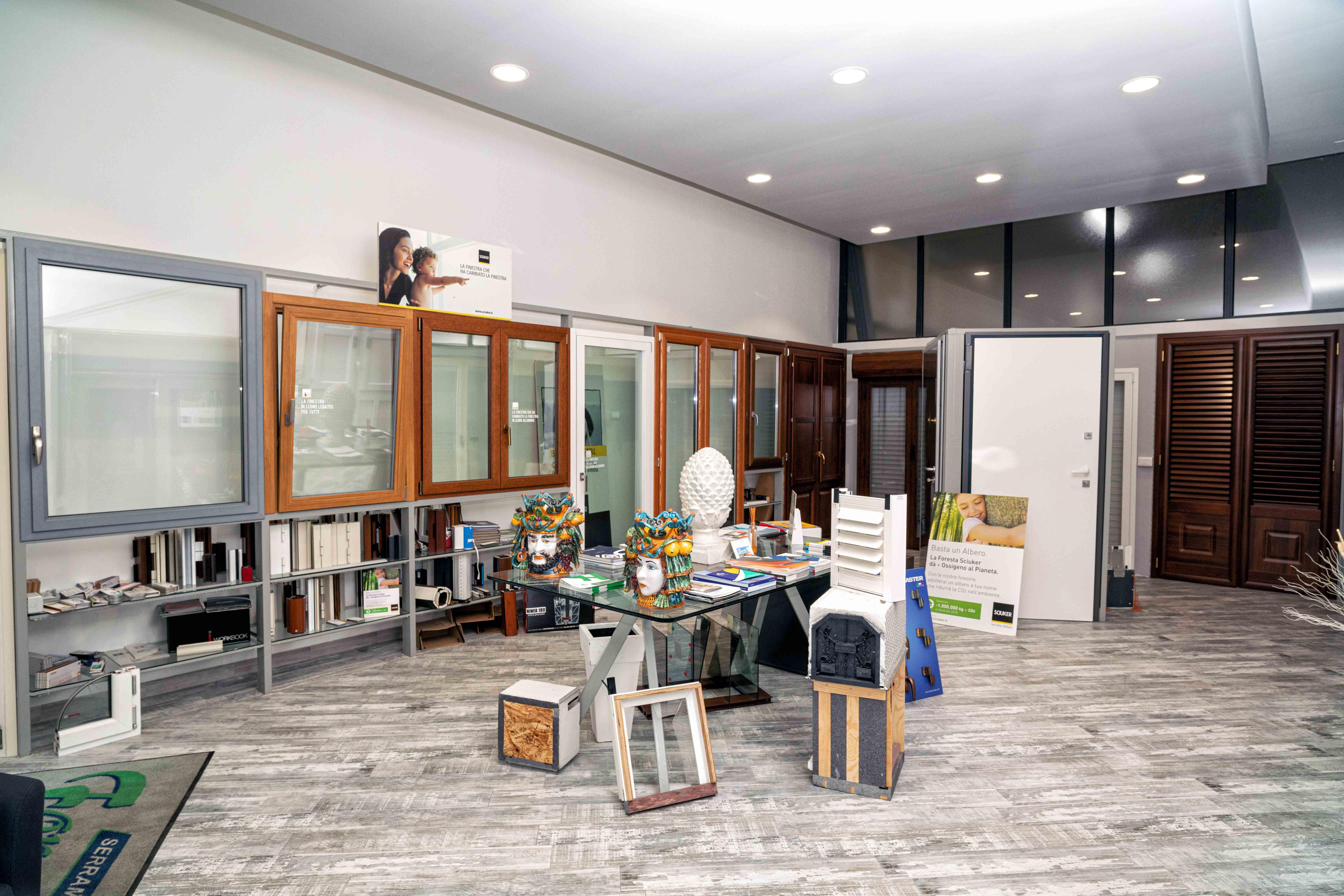 Sede Foresta Serramenti lo showroom